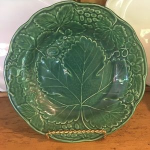 Wedgwood English Green Majolica Strawberry Plate